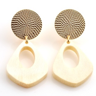 Cream dot Large Earring of marble pattern and wood IVORY